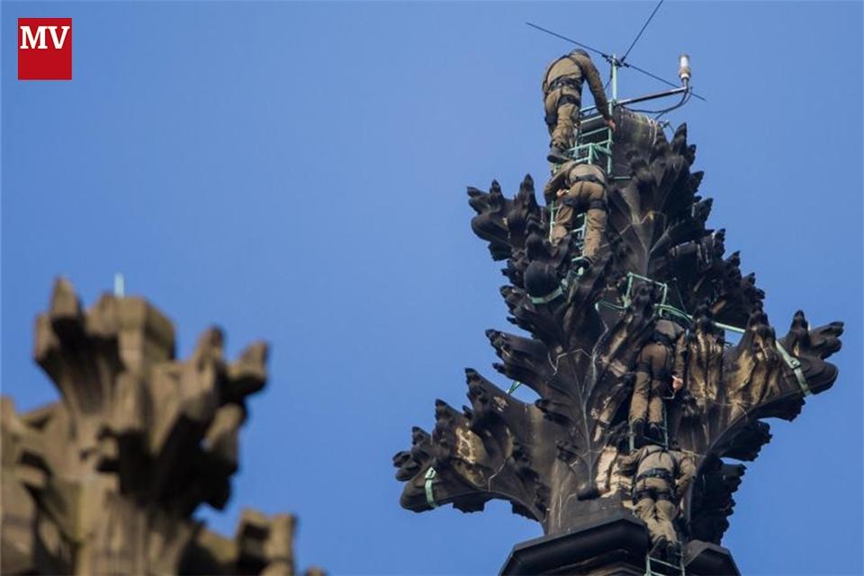 Kölner Dom Klettern